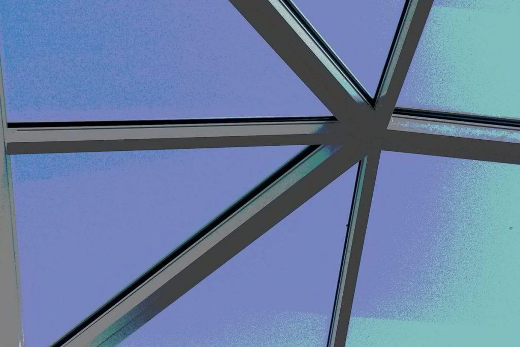 pyramide de verre par Verrières du Nord