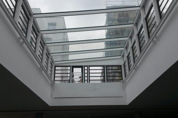 Verrière bâtiments tertiaires neufs vue intérieure par Verrière du Nord